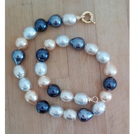 "Majorca pearl necklace ""Summerlight"""