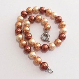 Majorca pearl necklace